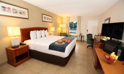 Seasons Florida Resort Hotel