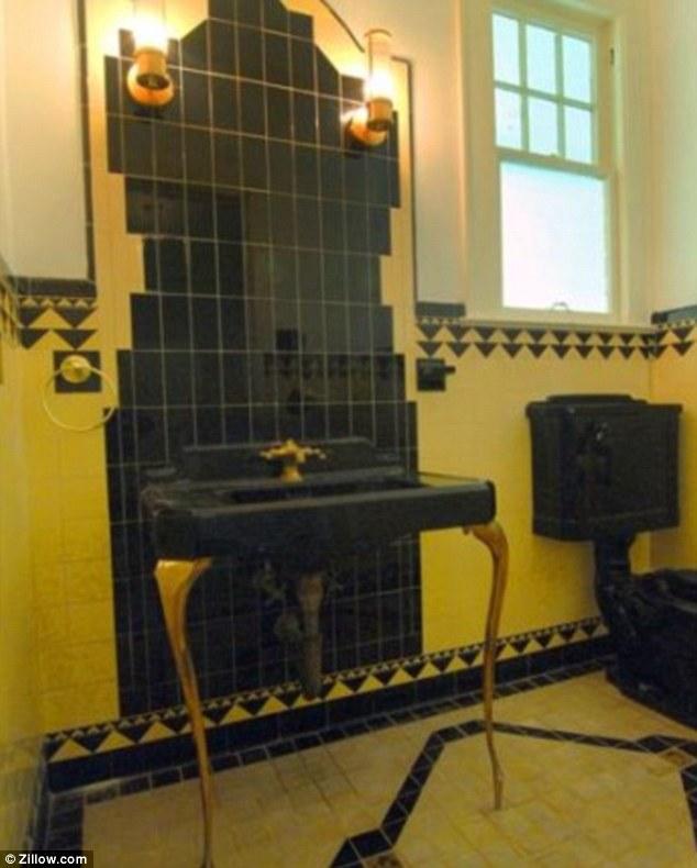photo of Capone's art deco powder room
