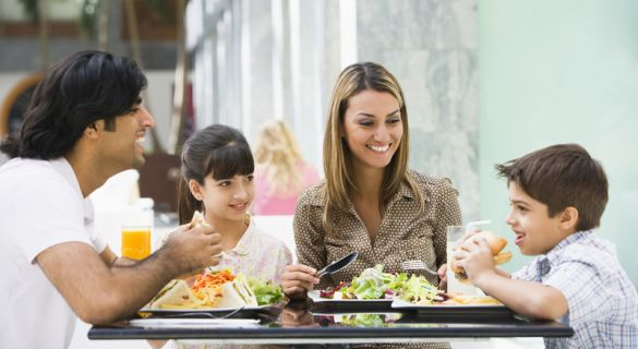 Family Dining at Chain Restaurants in Kissimmee
