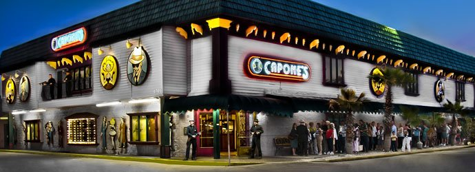 Capone's is easy to find and has free parking.